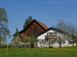 Ferienwohnung für 5 Personen (80 m²) ab 118 € in Chevenez