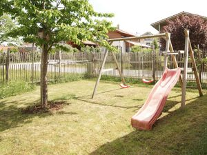 Ferienwohnung für 8 Personen (108 m²) ab 179 € in Chieming