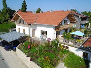 Ferienwohnung für 6 Personen (140 m²) ab 160 € in Chieming