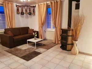 Ferienwohnung für 5 Personen (80 m²) ab 126 € in Courcelon