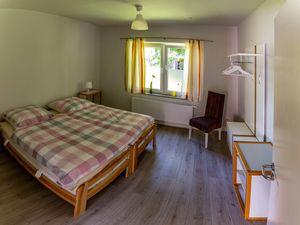 22488671-Ferienwohnung-6-Dornum-300x225-4