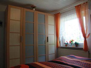 18716094-Ferienwohnung-5-Dornum-300x225-14