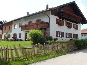 Ferienwohnung für 5 Personen (80 m²) ab 80 € in Eggstätt