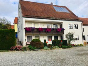 Ferienwohnung für 6 Personen (85 m²) ab 46 € in Ehekirchen