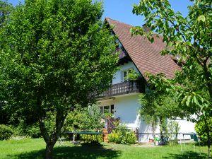 Ferienwohnung für 4 Personen (93 m²) ab 98 € in Ehrenkirchen