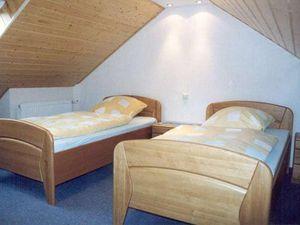 3808243-Ferienwohnung-6-Enkirch-300x225-9