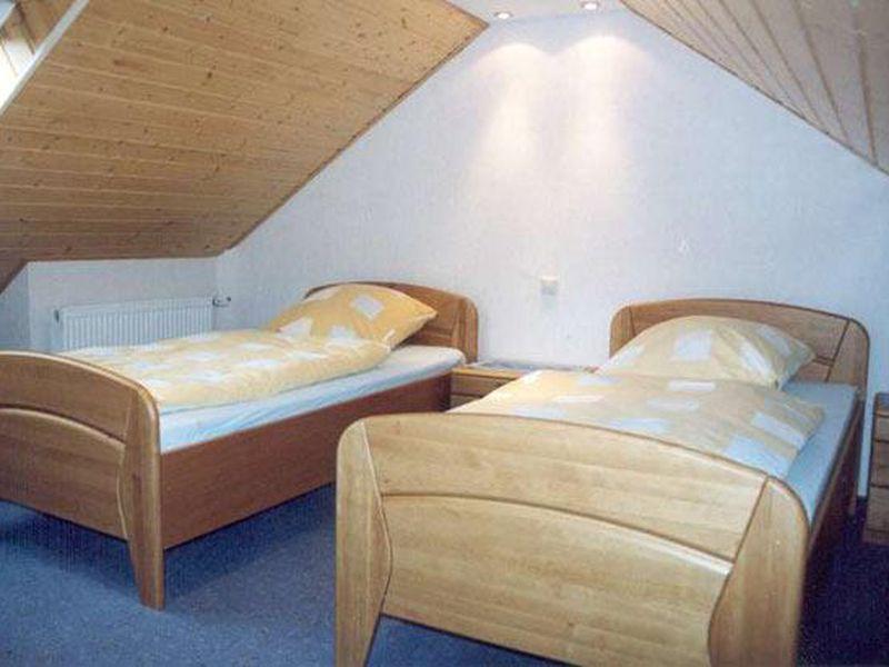 3808243-Ferienwohnung-6-Enkirch-800x600-9