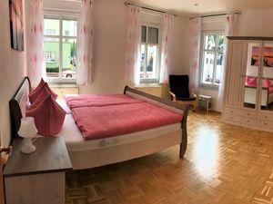 21881407-Ferienwohnung-8-Erfurt-300x225-2
