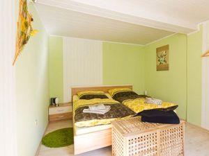 17889021-Ferienwohnung-6-Erfurt-300x225-5