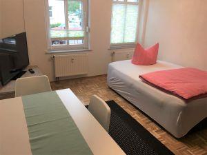 21881407-Ferienwohnung-8-Erfurt-300x225-9