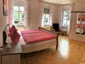 21881407-Ferienwohnung-8-Erfurt-300x225-15