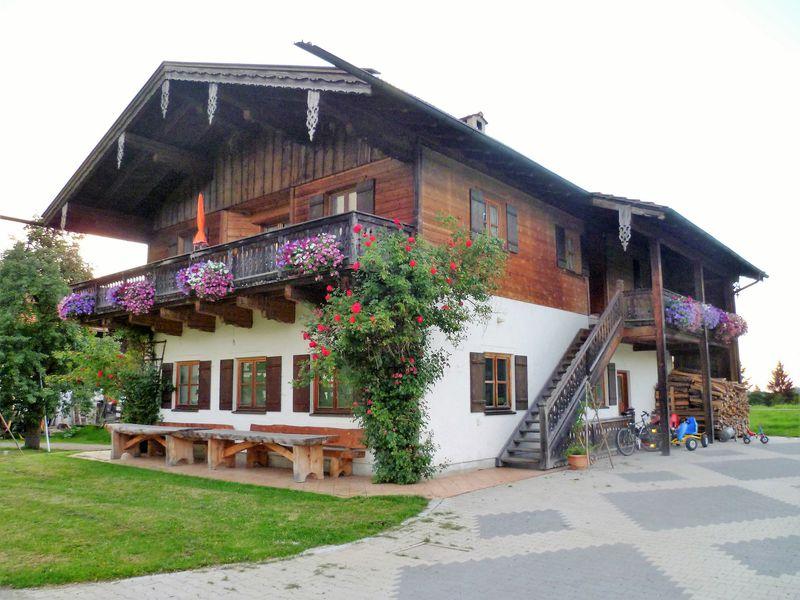 19273689-Ferienwohnung-4-Frasdorf-800x600-5
