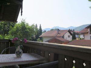 22026217-Ferienwohnung-6-Frasdorf-300x225-1