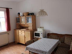 22276021-Ferienwohnung-8-Friedrichroda-300x225-1