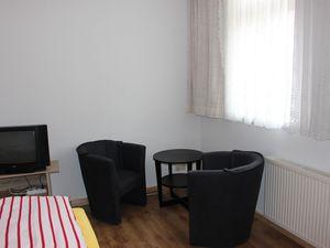 18926688-Ferienwohnung-2-Friedrichroda-300x225-3