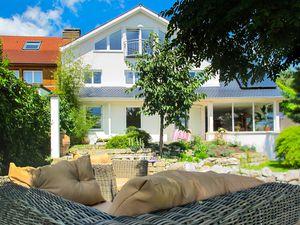 Ferienwohnung für 6 Personen (88 m²) ab 150 € in Friedrichshafen