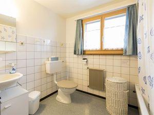 18984238-Ferienwohnung-6-Frutigen-300x225-3