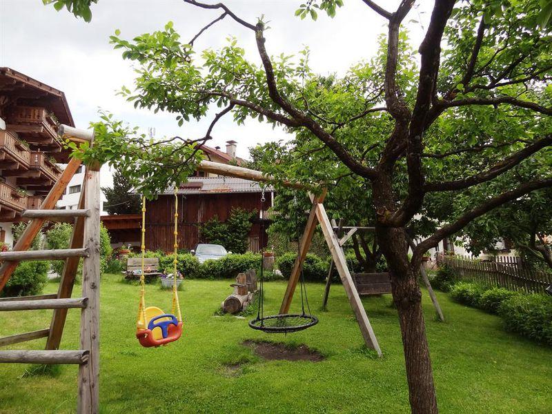 14263819-Ferienwohnung-5-Fulpmes-800x600-8