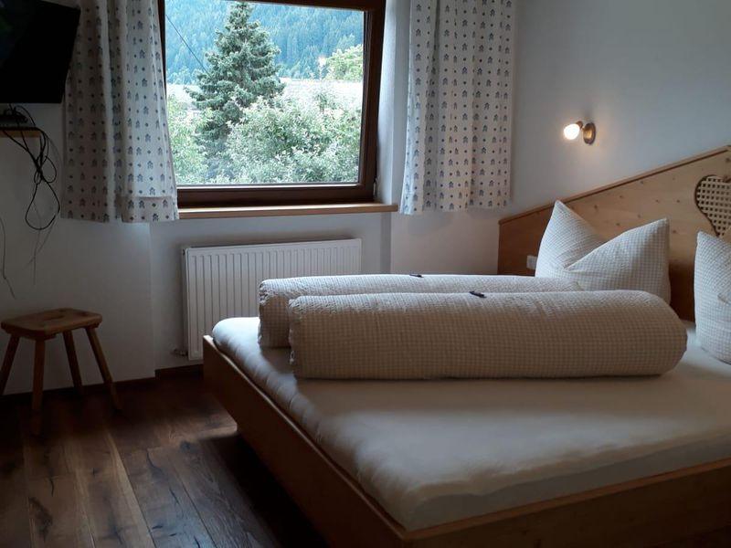 14263819-Ferienwohnung-5-Fulpmes-800x600-25
