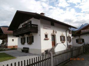 21991123-Ferienwohnung-4-Garmisch-Partenkirchen-300x225-0