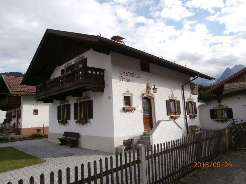 21991123-Ferienwohnung-4-Garmisch-Partenkirchen-800x600-0