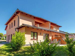 Ferienwohnung für 5 Personen (70 m²) ab 33 € in Glowe