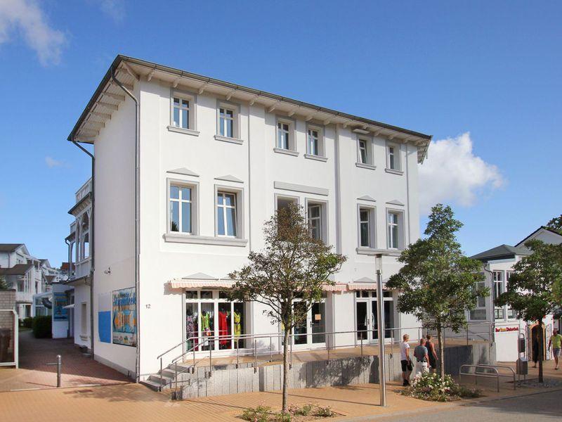 23067735-Ferienwohnung-4-Göhren (Rügen)-800x600-1