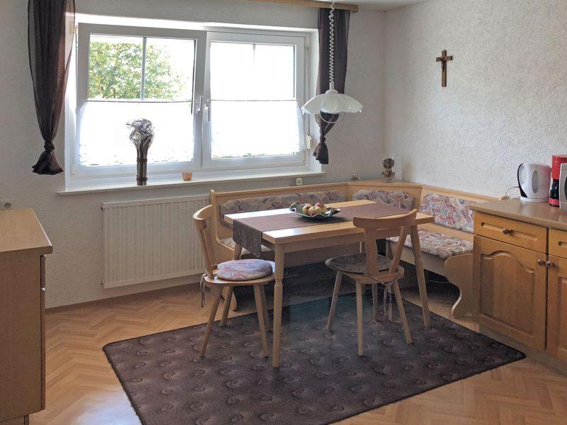21988037-Ferienwohnung-5-Gößweinstein-800x600-6