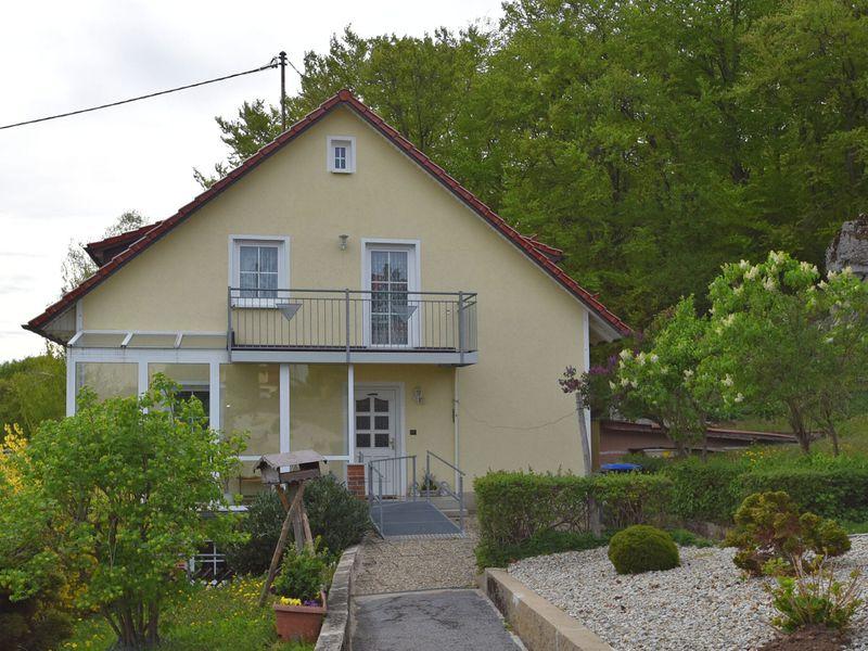 21988037-Ferienwohnung-5-Gößweinstein-800x600-9