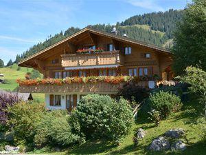 Ferienwohnung für 8 Personen (136 m²) ab 263 € in Gstaad