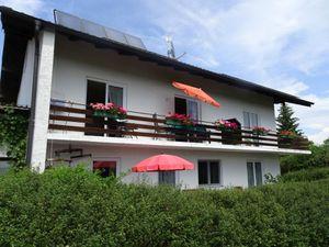 Ferienwohnung für 3 Personen (50 m²) ab 47 € in Gstadt am Chiemsee
