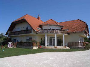 Ferienwohnung für 5 Personen (40 m²) ab 103 € in Gyenesdiás