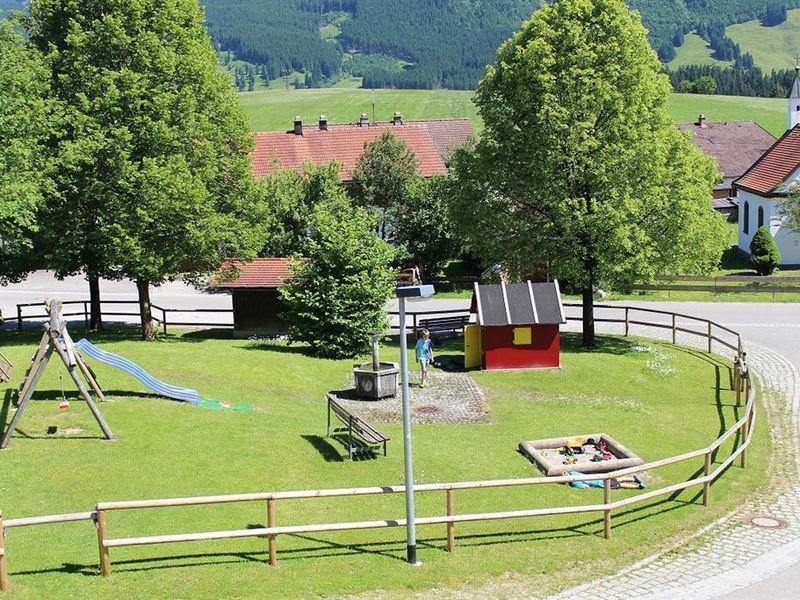 17932564-Ferienwohnung-5-Halblech-800x600-2