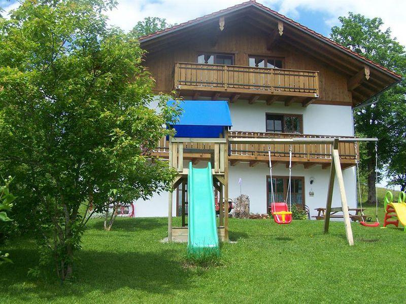 18324498-Ferienwohnung-5-Halblech-800x600-0