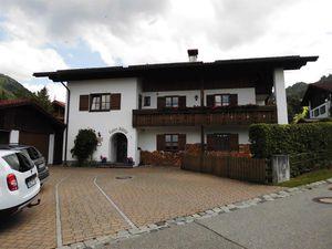 17932568-Ferienwohnung-2-Halblech-300x225-1