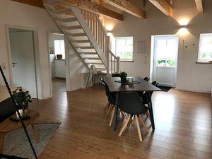 22055369-Ferienwohnung-6-Heide-300x225-3