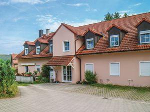 19193742-Ferienwohnung-3-Heinersreuth-300x225-5