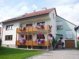 Ferienwohnung für 7 Personen (90 m²) ab 13 € in Hilders