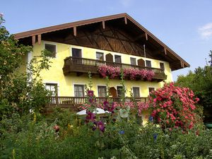 Ferienwohnung für 4 Personen (61 m²) ab 62 € in Höslwang