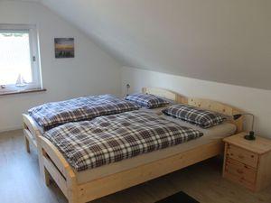 22261299-Ferienwohnung-2-Husum-300x225-3