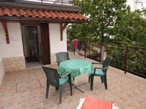 Ferienwohnung für 3 Personen (30 m²) ab 30 € in Ičići