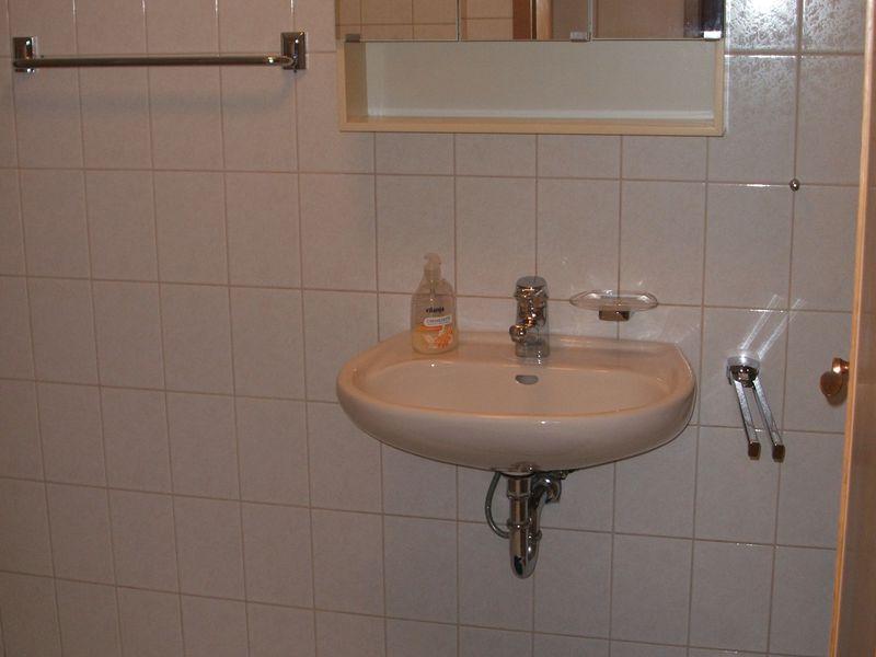 Badezimmer Ibbenburen.Ferienwohnung Fur 3 Personen 55 M Ab 45 Id 19024718 Ibbenburen