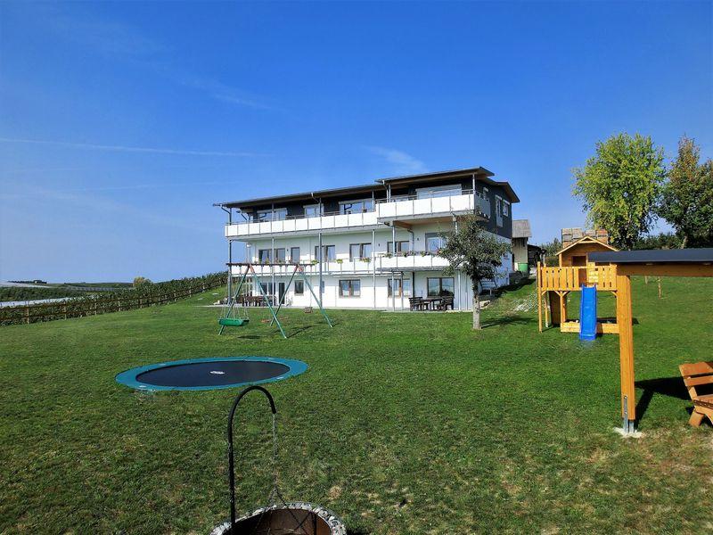 18288430-Ferienwohnung-4-Immenstaad am Bodensee-800x600-0