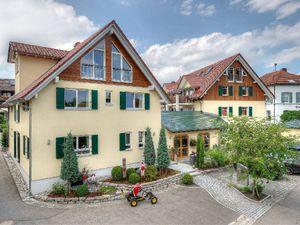 22203835-Ferienwohnung-5-Immenstaad am Bodensee-300x225-3