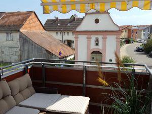22596301-Ferienwohnung-2-Immenstaad am Bodensee-300x225-3