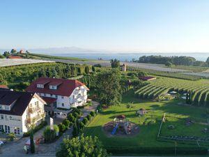 Ferienwohnung für 3 Personen ab 92 € in Immenstaad am Bodensee