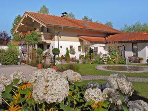 Ferienwohnung für 4 Personen (59 m²) ab 61 € in Inzell