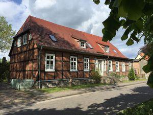 19254309-Ferienwohnung-5-Ivenack-300x225-4