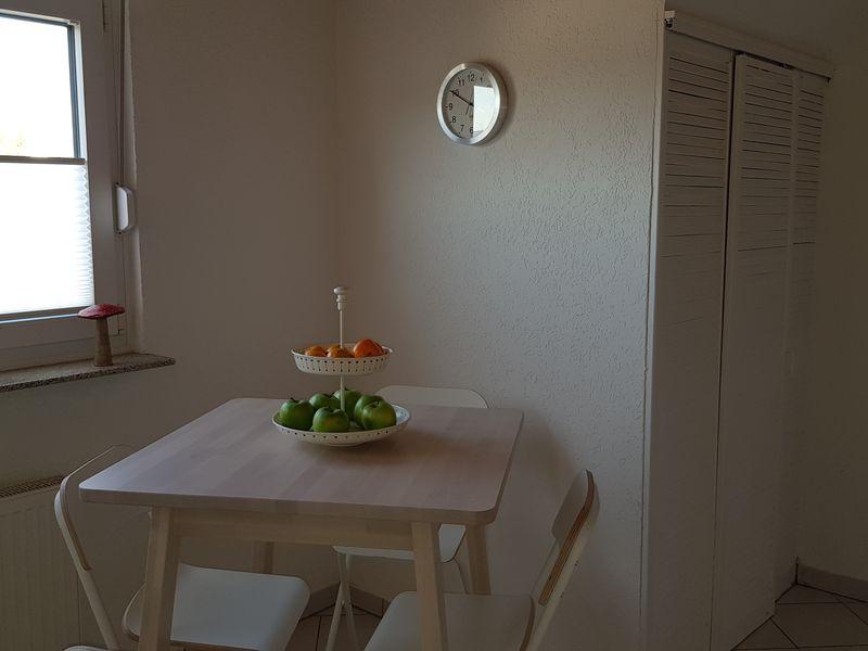21539215-Ferienwohnung-4-Kelkheim (Taunus)-800x600-4