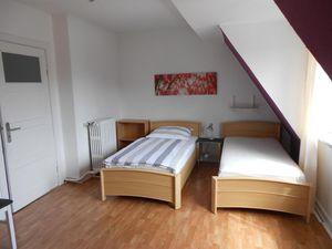 18717499-Ferienwohnung-3-Kiel-300x225-10